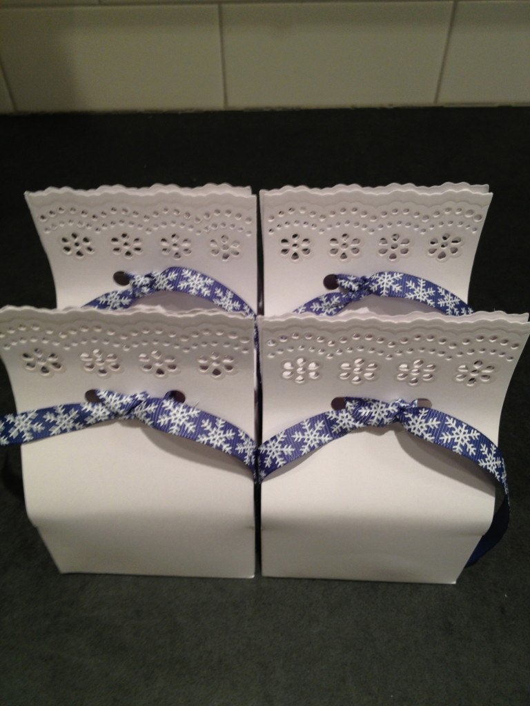 holiday_package_small_boxes
